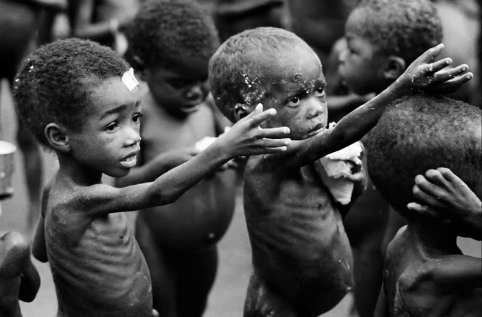 http://censorshipinamerica.files.wordpress.com/2011/06/starving-child-5.jpg